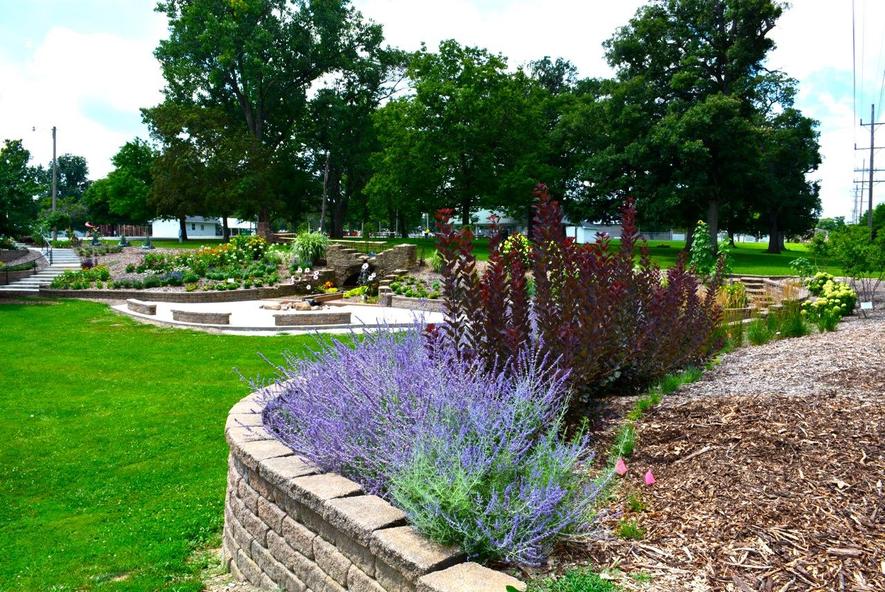 A Restored Sunken Garden In Illinois Finegardening