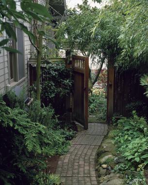 A Tale Of Two Side Yards Finegardening
