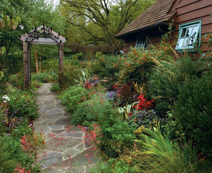 Design an Engaging Entryway - FineGardening on Backyard Entryway Ideas id=70128